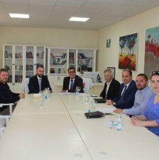 Përfaqësues të Organizatës 'Human Care', realizuan takim me Kryetarin e Komunës së Gjilanit, Lutfi Haziri